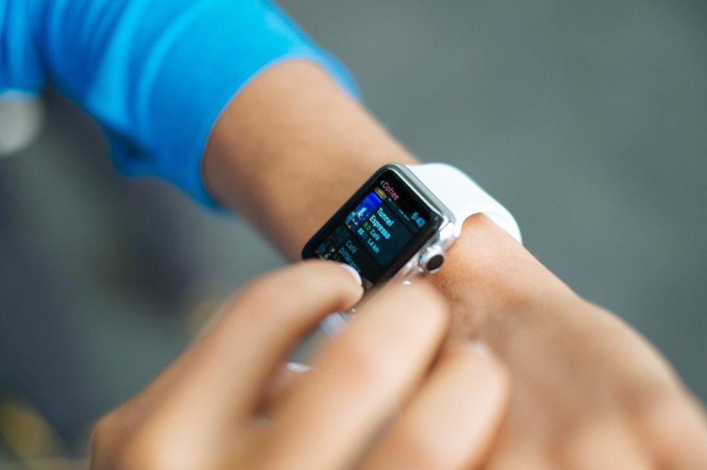Apple watchを操作