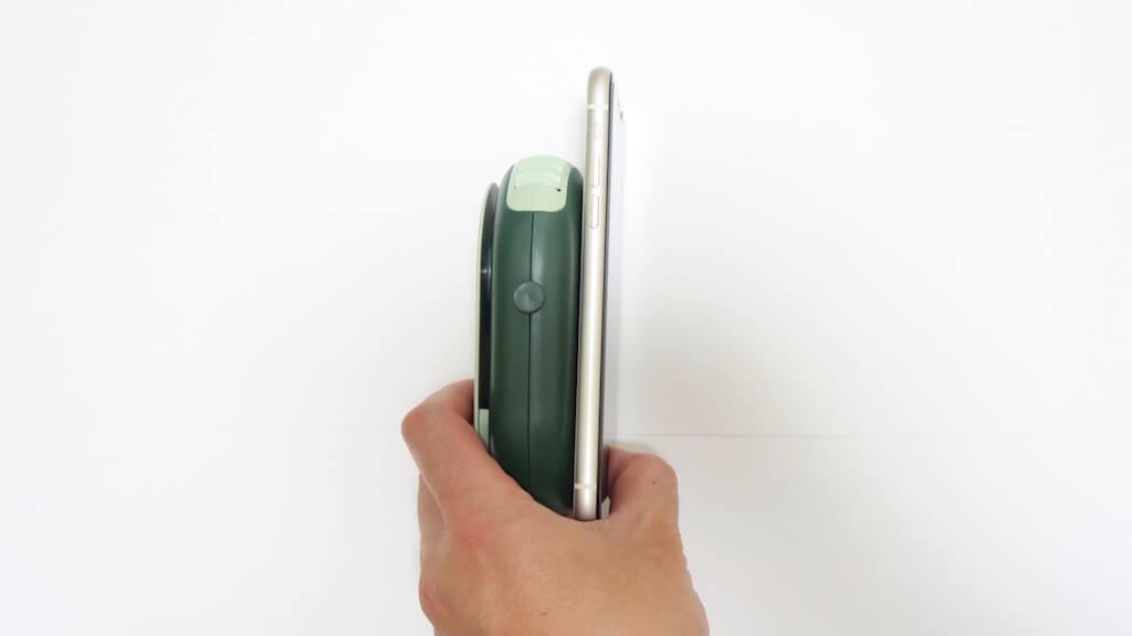 AmazonのTypec-C携帯扇風機。iPhoneより厚い